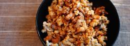 Coconut-Raspadura Caramel Popcorn w/ Cashews